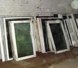 Nebrangus plastikiniai langai